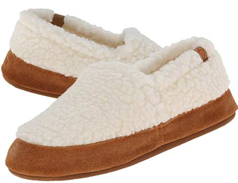 best house shoes ever comfy quiet best house slippers for hardwood floors hard tiles
