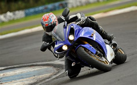 motorcycle racing motorcycle racing quotes quotesgram
