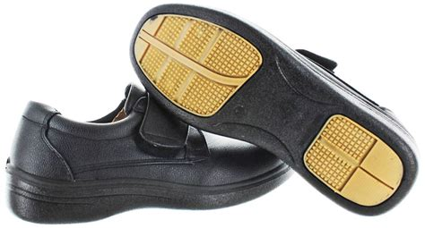 Best Shoes For Working In Restaurant Kitchen by Moda Essentials S Slip Resistant Work Kitchen