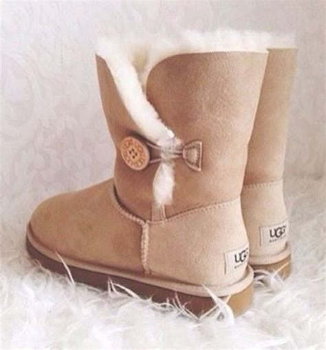 chestnut colored boots sand colored ugg boots