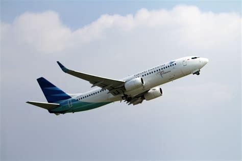 garuda indonesia adopts bloombergs electronic platform  jet fuel hedging bloomberg lp