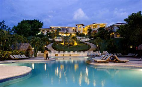 inclusive occidental grand papagayo resort book