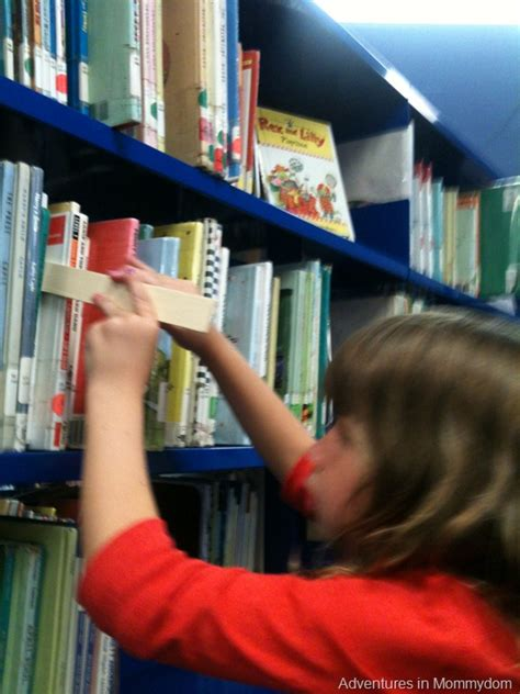 make a shelf marker for the library - What To Put On A Shelf In The Living Room