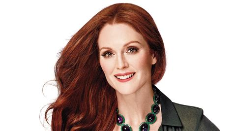 julie ann moore s hair color from loreal on set with julianne moore at her instyle cover shoot