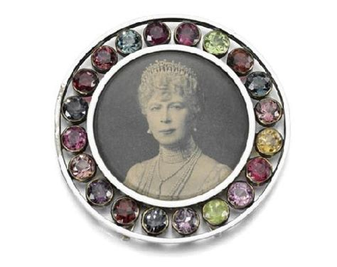 Bring on the bling: jewels from a scandalous royal marriage go on sale   Photo 6