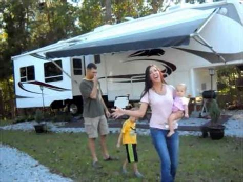 Family Crossings The Happiest Family Place by Ep 8 Time Rv Family Of 4 Things Of