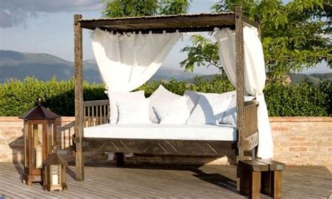 piscia a letto 10 best images about gazebo on teak antigua