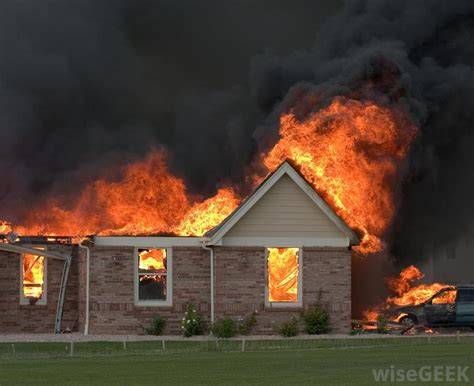 black woman house on fire how do smoke alarms work with pictures