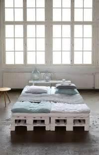 Diy Bed Frame Ideas Diy 20 Pallet Bed Frame Ideas 99 Pallets