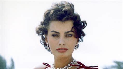 Home Color Decorating Ideas by Happy Birthday Sophia Loren Instyle Com