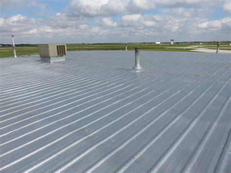 foam roof spray foam roofing application urecoat inc spray foam