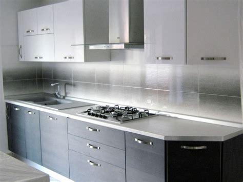 rivestimento cucina moderna forum arredamento it sos piastrelle cucina