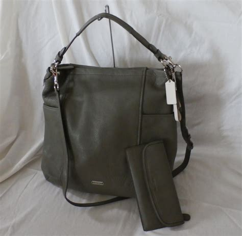 Rock Republic Olive Zipper Hobo by Coach Park Leather Hobo Olive 31323 From Guysbizgiftworld
