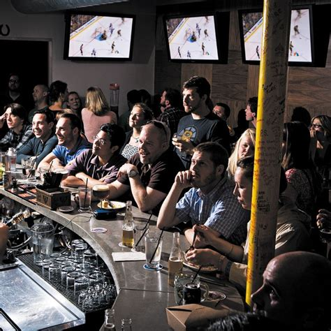 Top Sports Bars In Boston by Top 25 Ideas About Boston Travel Guide On
