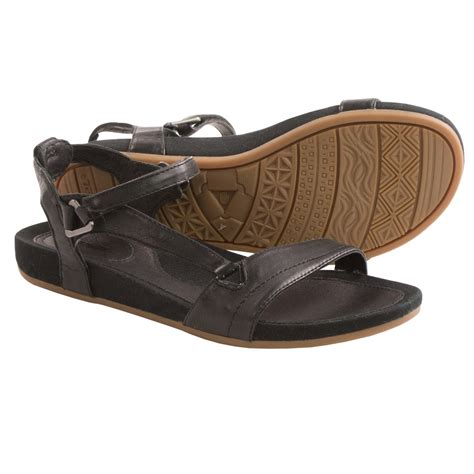 where to buy teva sandals teva universal sandals for 7859v save 40