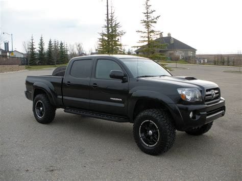 toyota wheels doin work with a toyota tacoma and helo wheels