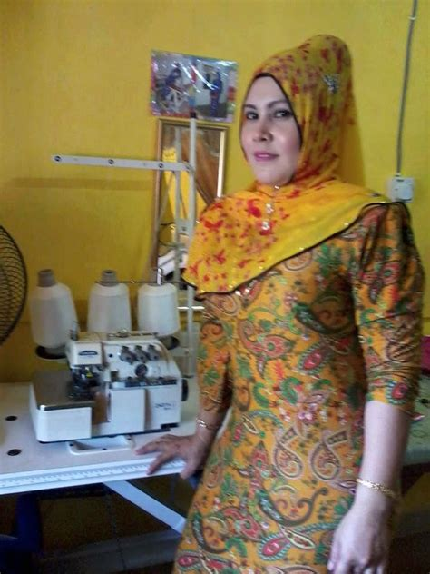 Jilbab Segiempat Rs 41 1 poto tante jilbab wallpaper