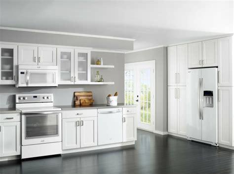 Bathroom Paint Ideas Gray by Cuisine Blanche Et Inox Id 233 Es Et Astuces En 90 Photos