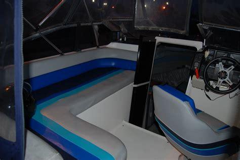 bayliner upholstery pin 1988 bayliner 2455 ciera id 743 motortopia on pinterest
