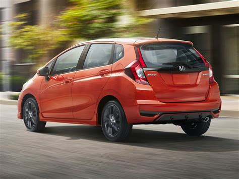 New Honda Fit 2018 by New 2018 Honda Fit Price Photos Reviews Safety
