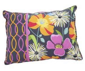vera bradley accent pillow in jazzy blooms shoes
