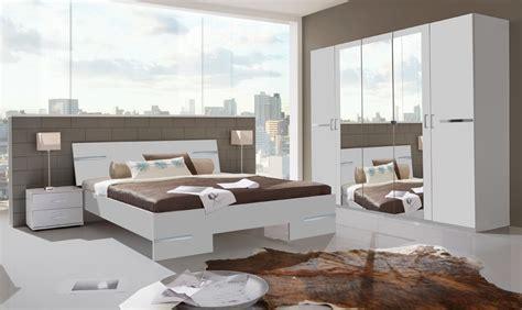 schlafzimmer bestellen schlafzimmer kleiderschrank g 252 nstig schiebetren nach ma