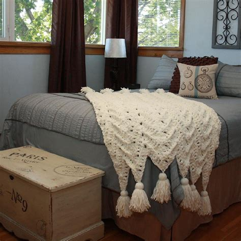cozy cottage throw crochet patterns lovecrochet