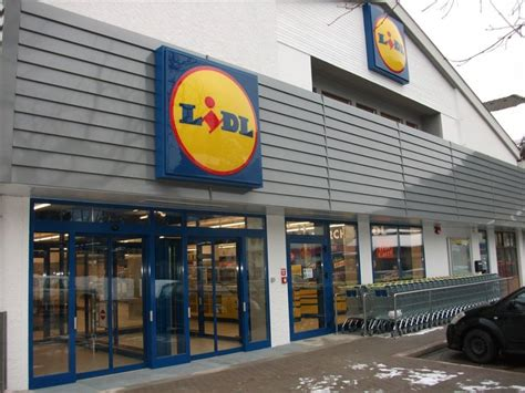 lidl plans to more than number of stores in uk