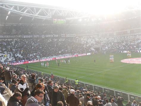 juventus stadium interno interno juventus stadium photo de juventus stadium