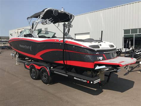 mastercraft boats for sale mi 2018 new mastercraft x26 ski and wakeboard boat for sale