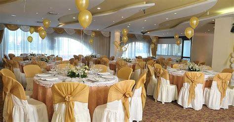 arreglo de salon para comunion 50 ideas para decoraci 243 n de primera comuni 243 n ni 241 o y centro de mesa globos con helio