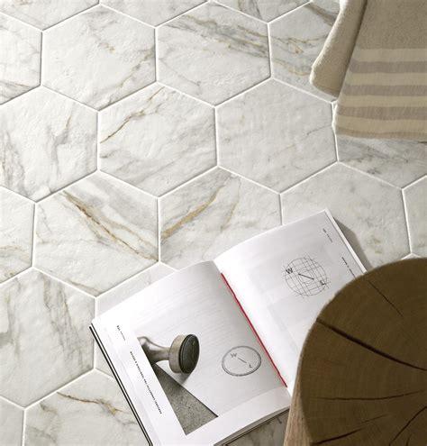 piastrelle marmo piastrelle effetto marmo lucido con sfumature ragno
