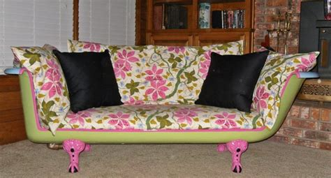 clawfoot tub sofa cast iron tub couch take me away calcon pinterest
