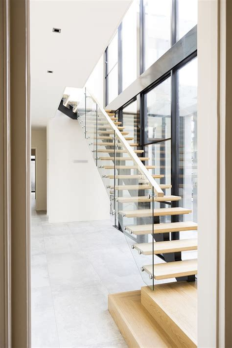 Glass Landing Banister by 25 Best Ideas About Stairs On