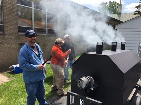 cookouts at the food pantry rockford cosmopolitan club