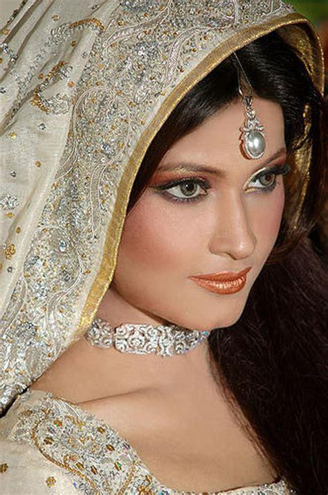 cool pics spot latest pakistani wedding dresses jewelry