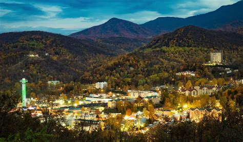 lights in gatlinburg tn test your wits at these 3 exciting escape in