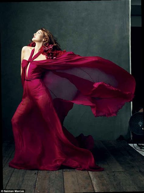 Drew Barrymore The Of Gucci Jewelry by From To High Fashion Drew Barrymore Takes Lead