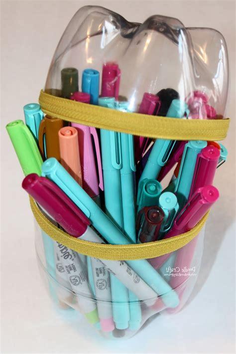 cara membuat kerajinan tangan tempat pensil dari botol aqua kerajinan dari botol bekas tempat pensil