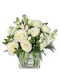 white floral arrangements best 20 white flower arrangements ideas on white floral arrangements table flower