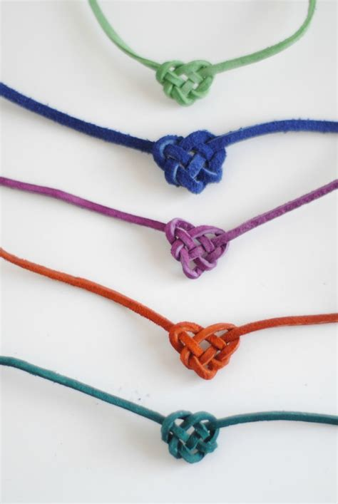 Tying Celtic Knots - hart sew vintage baby clothing knot friendship