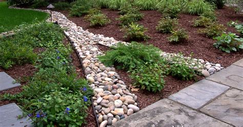 Landscape Edging For Mulch Landscape Edging Ideas Casual Cottage