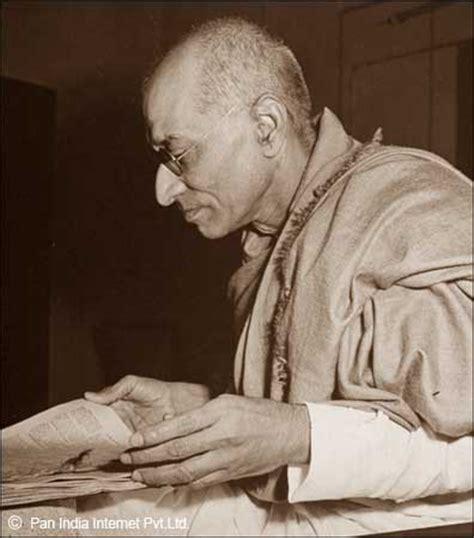 chakravarti rajagopalachari biography in english chakravarti rajagopalachari freedom fighter of india