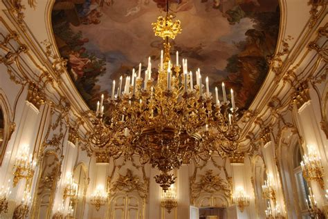 The Chandelier History Of The Chandelier Richhouse Eu