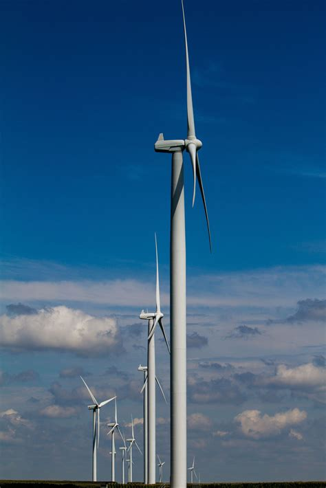 high hopes b c s biggest wind power project a logistical mge s proposed saratoga wind farm wins psc nod madison