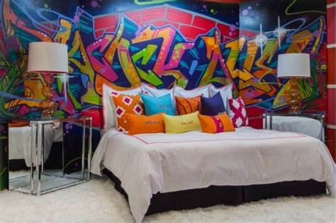 18 Gorgeous Graffiti Wall Interior Inspirations Graffiti Designs For Bedrooms