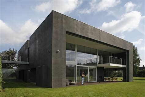 concrete bunker home images world s most secure house a zombie bunker bit rebels