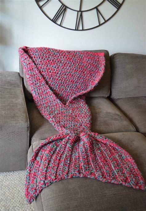 cola de sirena en crochet hermosas mantas de crochet convierten a quien las use en