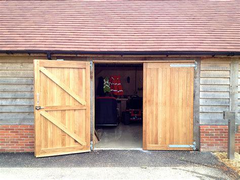 halnaker park green oak frame garage with oak garage