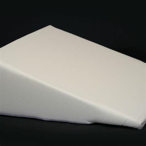 br2500bw betterrest deluxe memory foam bed wedge jobri br2400 betterrest 174 regular bed wedges jobri